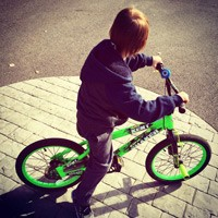Holiday Bike Build for Kids