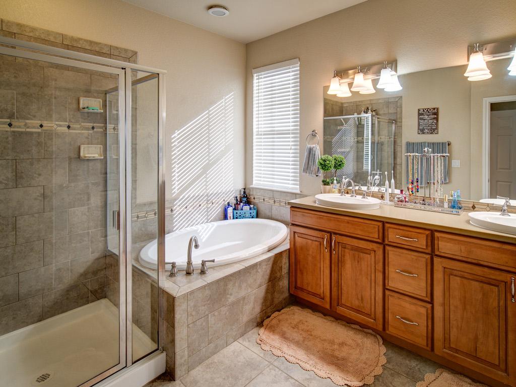 silverton-master-bath