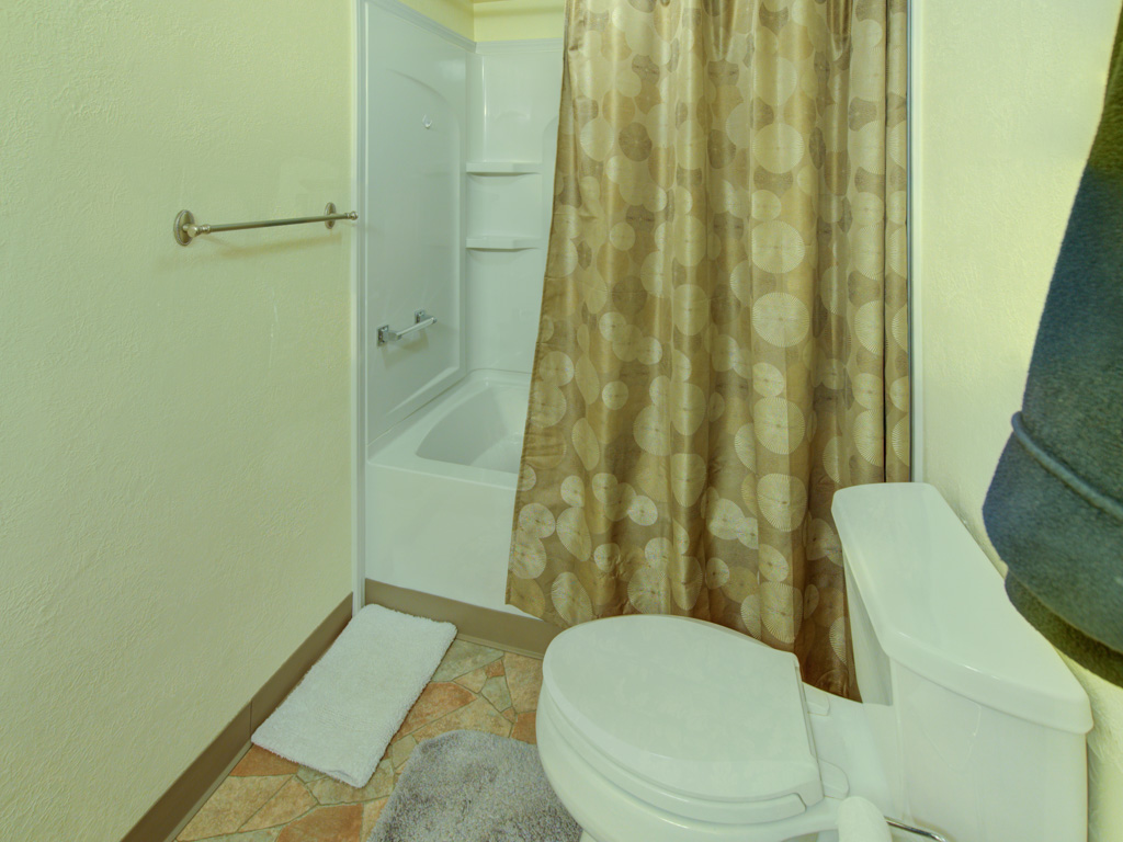 rockrimmon-master-bath-2