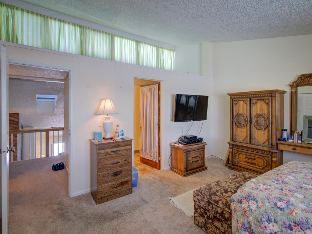 rockrimmon-master-bedroom-alt