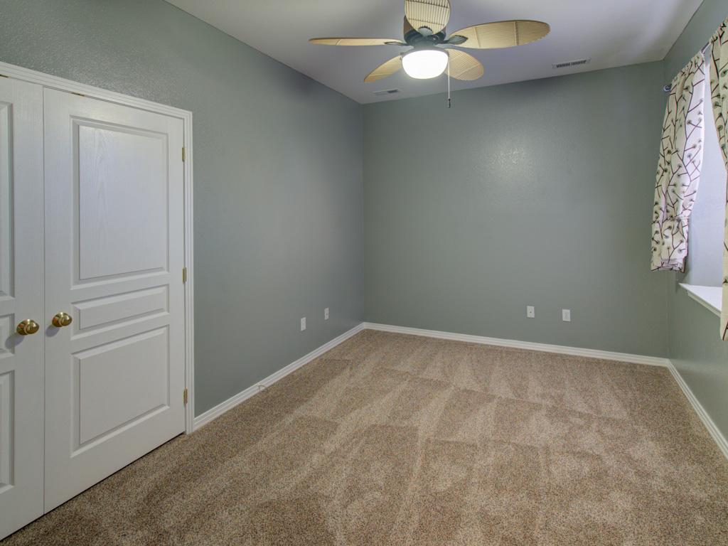solitude-master-bedroom-5